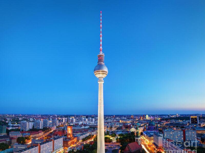 3-tv-tower-or-fersehturm-in-berlin-michal-bednarek-1
