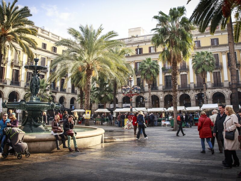 barcelona-plaza-1